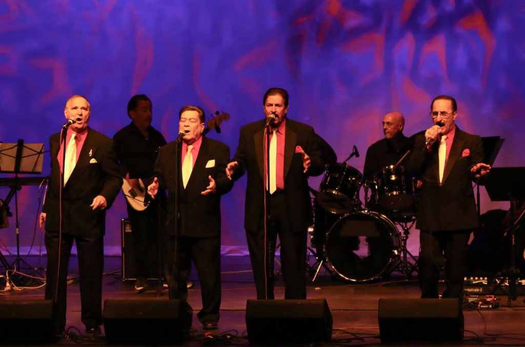Vito & the Salutations, featuring Shelly Buchansky