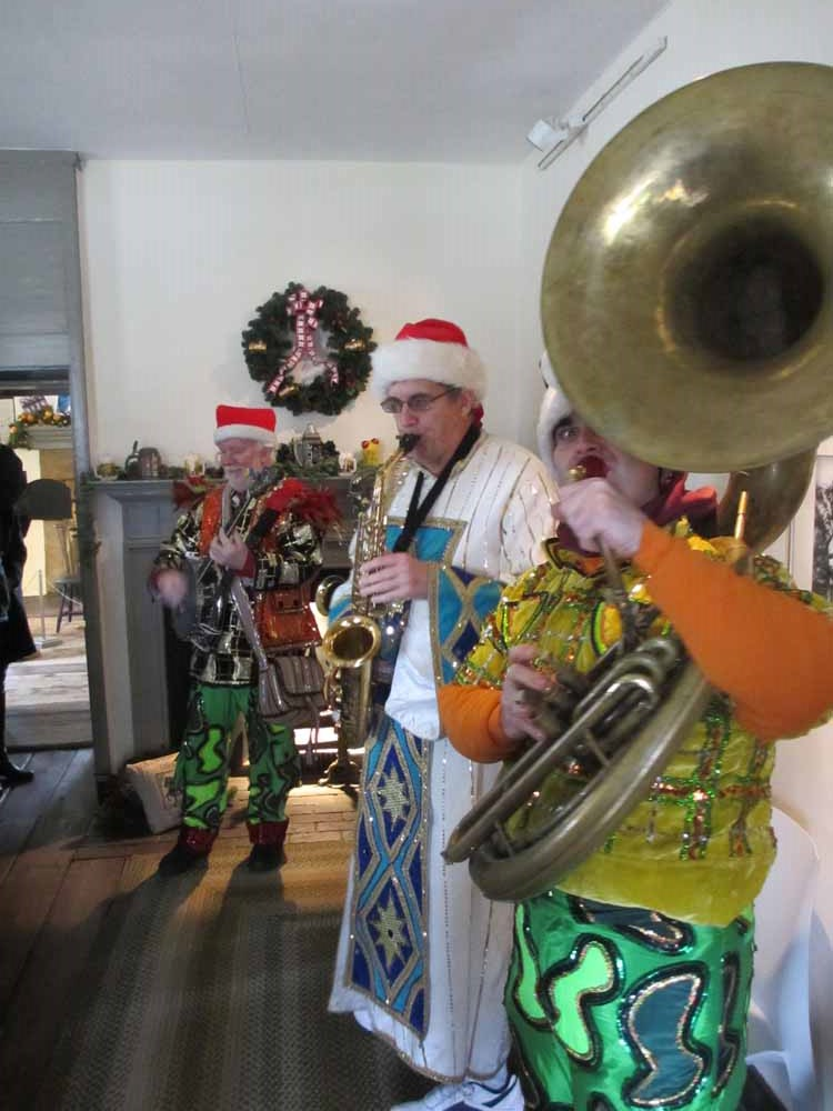 The Mummers at Cedar Grove Mansion
