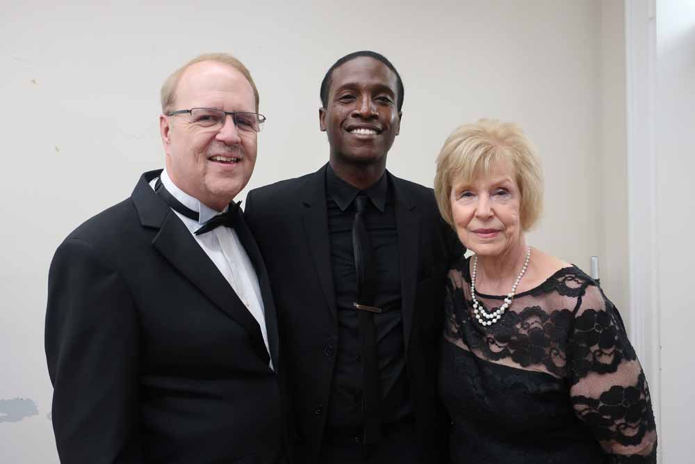 Pam & Charlie Horner with De'Sean Dooley at the Meet & Greet reception